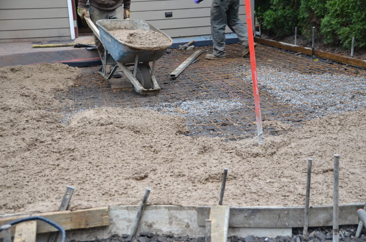 How to remove concrete patio how to remove stains from for Removing concrete driveway