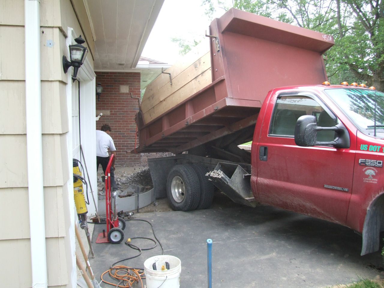 Pouring a stamped concrete front porch part 2