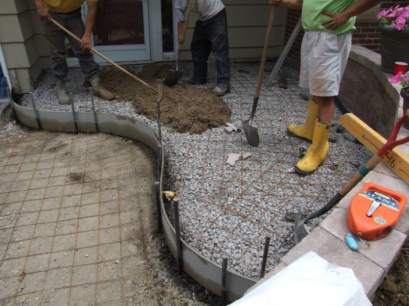 Pouring a stamped concrete front porch part 3